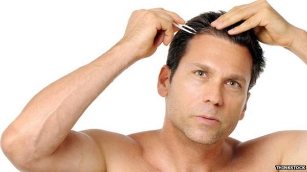 髪の毛を抜いて発毛させる